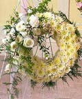 Sympathy Wreath Pure White Beauty