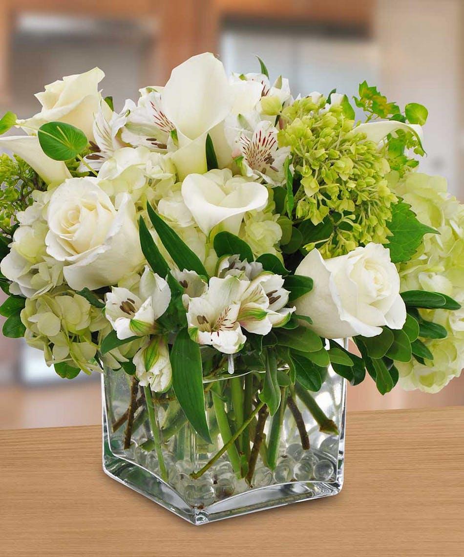 Bright Whites Lovely Arrangement Pughs Flowers Local Florist