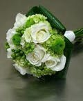 Garden Bouquet with 6 roses and hydrangea